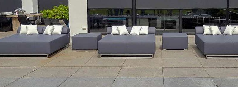 double outdoor chaise lounge